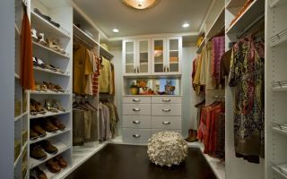 История одной красивой гардеробной комнаты