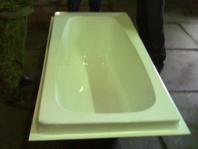 Акриловый вкладыш в ванну – лучший вариант реставрации старой ванной2