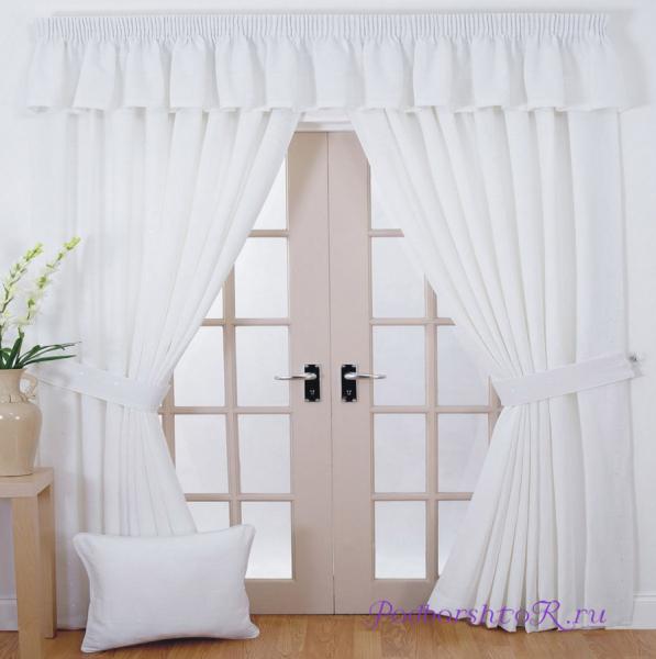 Белые шторы в интерьере: секрет красоты в каждой комнате4