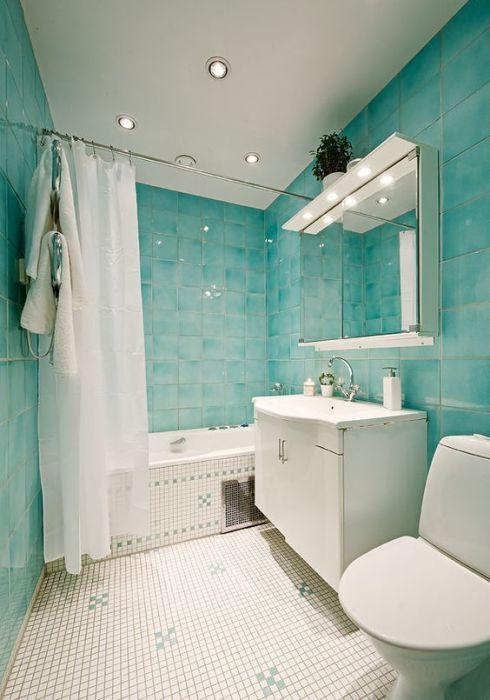 Бирюзовый цвет для маленькой ванной комнаты3