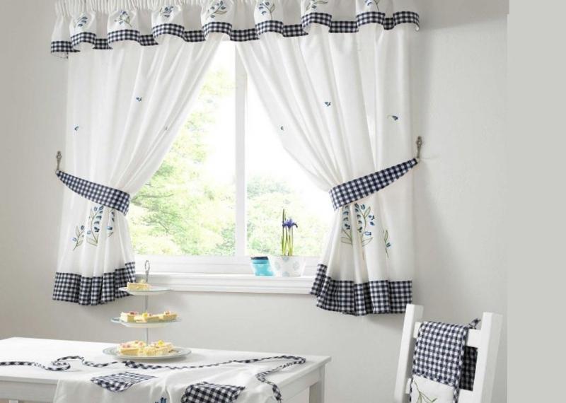 Деревенские шторы для кухни: выберите вариант оформления вашего окна1