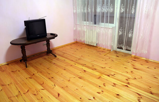 Деревянные полы в квартире: доска половая из натурального дерева, фото паркета напольного, как дощатый сделать3