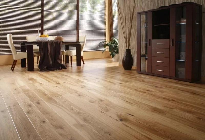 Деревянные полы в квартире: доска половая из натурального дерева, фото паркета напольного, как дощатый сделать0