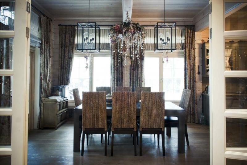 Деревянный дом в аутентичном европейском стиле1
