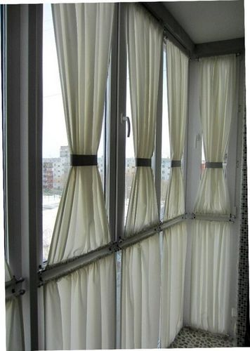 Держатели для штор – как они меняют облик окна?8