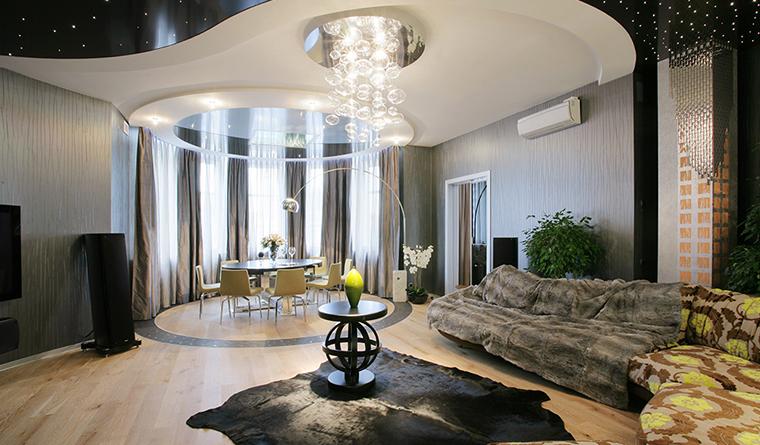 Дизайн гостиной с грациозным эркером3