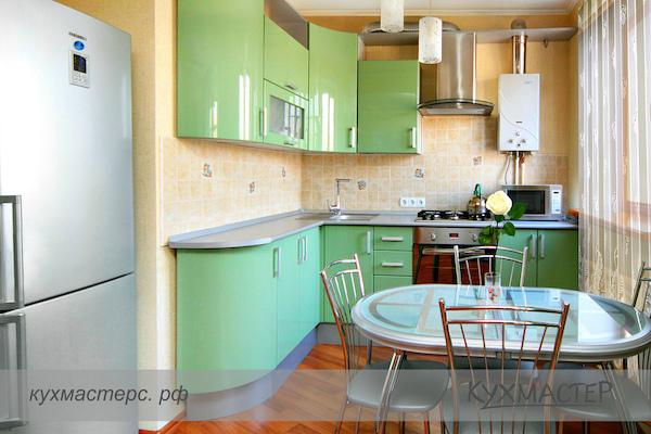 Дизайн кухни с газовой колонкой2