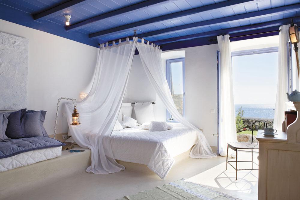 Дизайн спальни с балдахином над кроватью (фото и видео)0