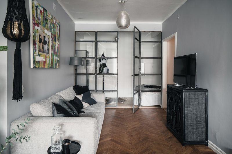 Дизайн спальни с диваном вместо кровати: правила3