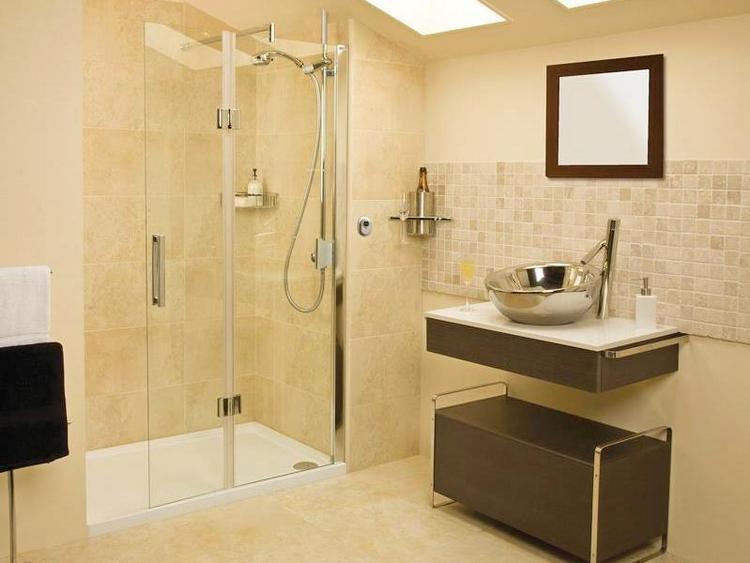 Душевая кабина с низким поддоном – оптимальное решение для небольших ванных комнат3