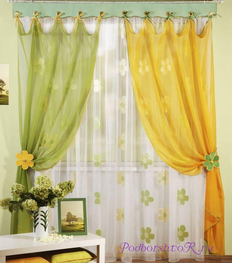 Если повесить цветные шторы на окна— это красиво или нет?1