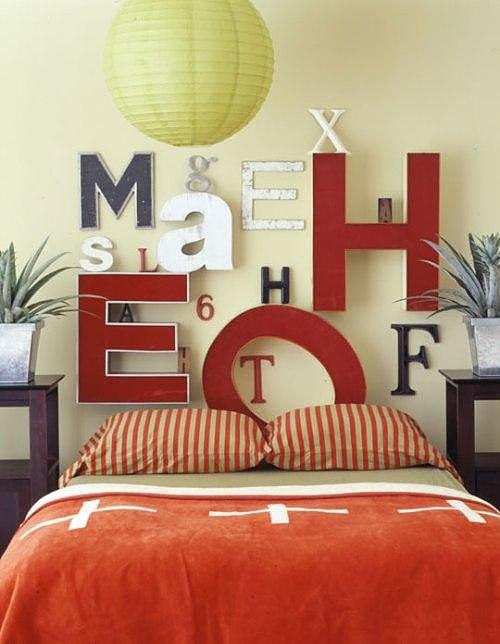Идеи декора спальни: оформление изголовья кровати7