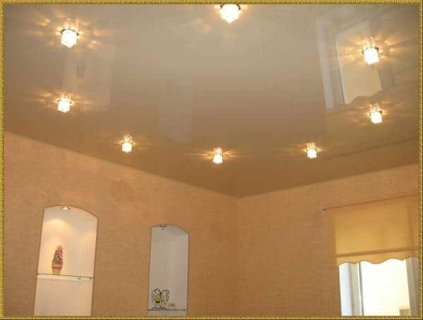 Идеи расположения светильников на натяжном потолке2