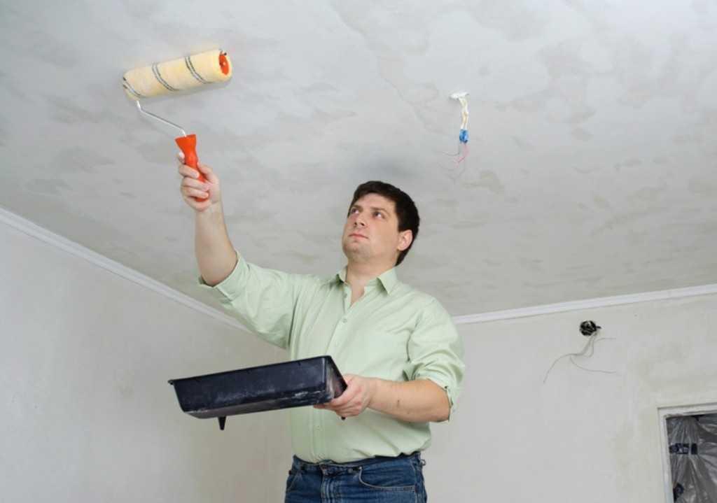 Качественная побелка потолка своими руками водоэмульсионной краской3