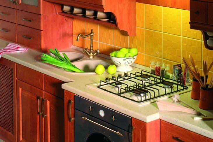 Как лучше оформить рабочую зону на кухне4