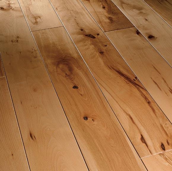 Как можно избавиться от скрипа деревянного пола?0