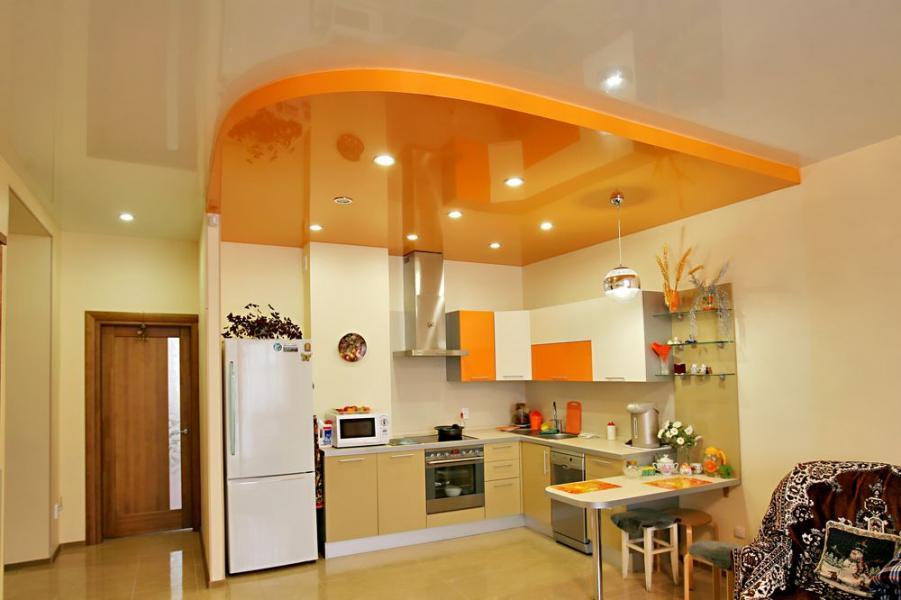 Как оформить потолок на кухне своими руками?1