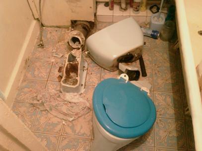 Как произвести демонтаж унитаза?3