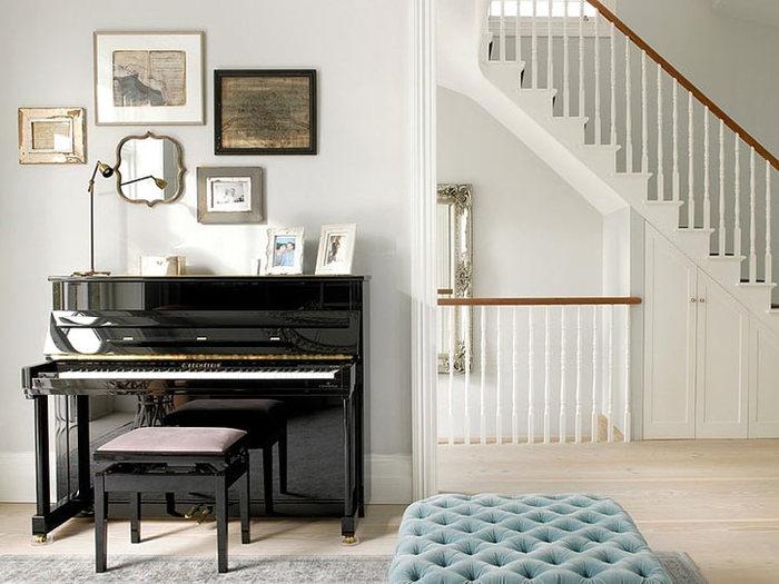 Как разместить пианино в интерьере вашего дома6