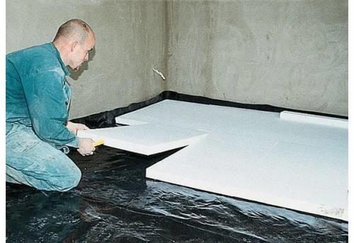 Как ровно залить пол бетоном в доме или квартире самостоятельно (видео)0
