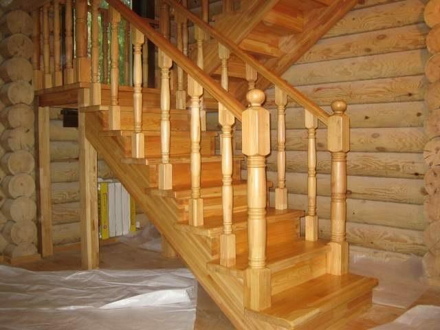 Как установить балясины и столбы на лестницу2