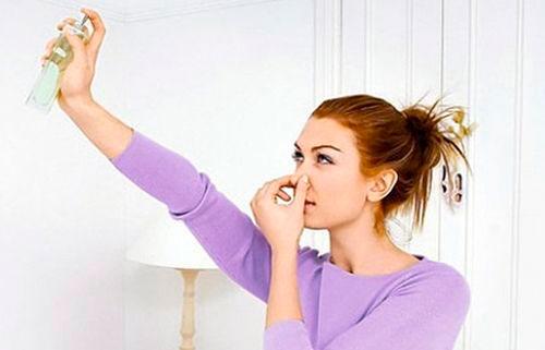 Как устранить неприятный запах в кухонном помещении0