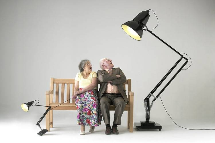 Как выбрать настольную лампу?1