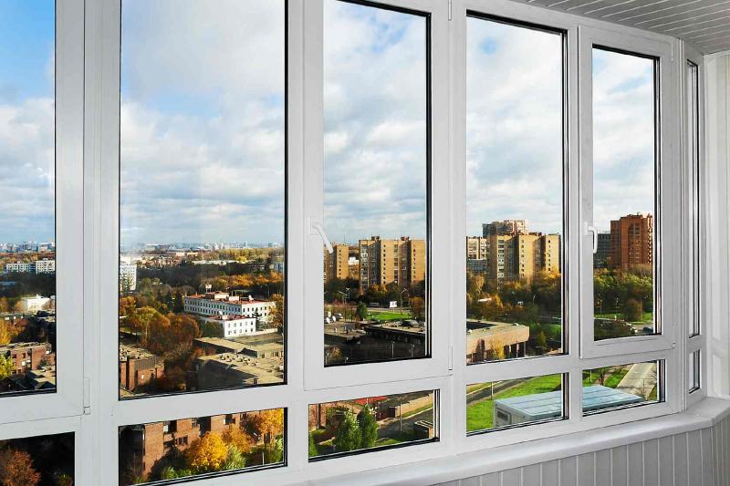 Какие балконы лучше, пластиковые или алюминиевые: подробный обзор4