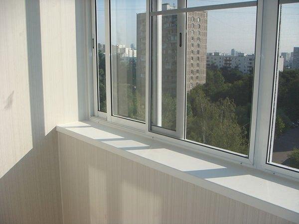 Какие балконы лучше, пластиковые или алюминиевые: подробный обзор5