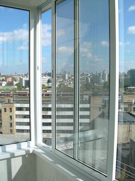 Какие балконы лучше, пластиковые или алюминиевые: подробный обзор6