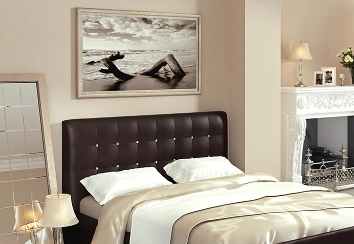Картины в интерьере спальни4