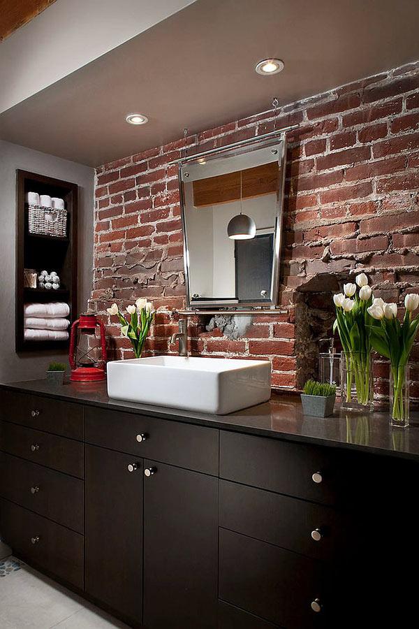 Кирпичная стена в дизайне интерьера ванной комнаты8