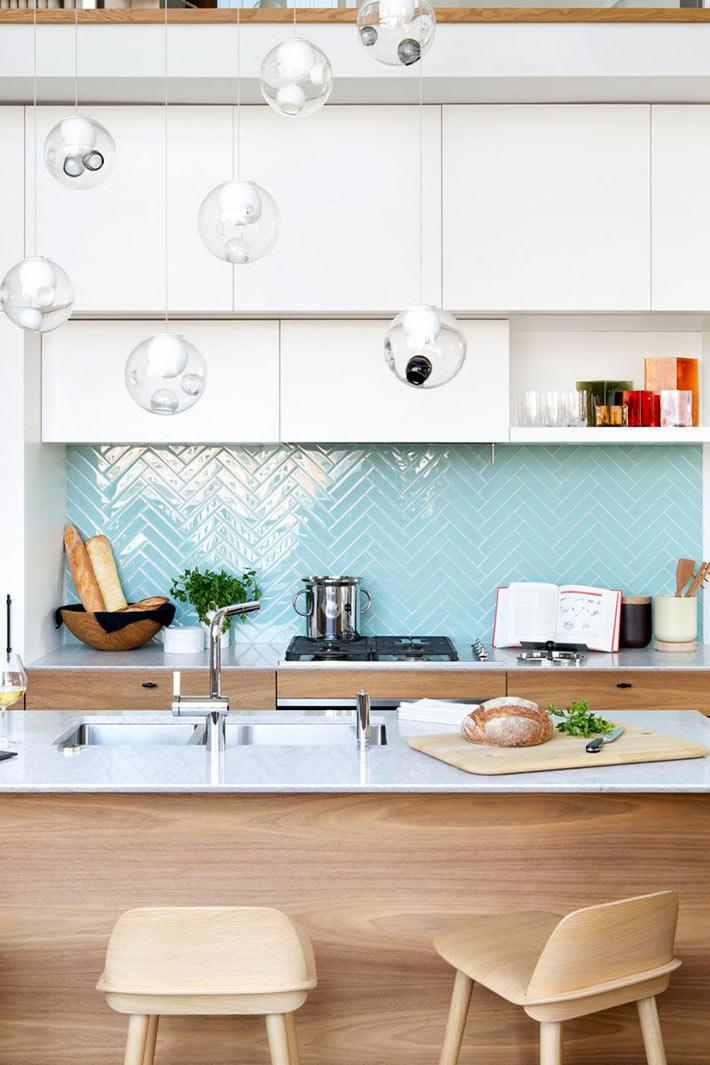 Красивая плитка с геометрическими узорами для кухонного фартука5