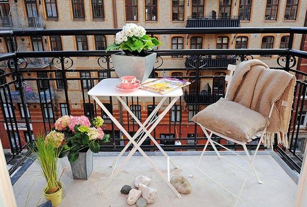 Красивый балкон — место для отдыха в современных квартирах2