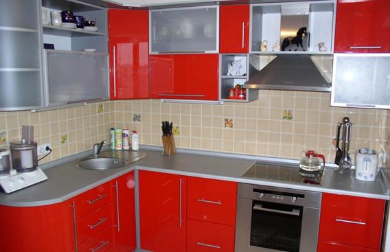 Красные кухни0
