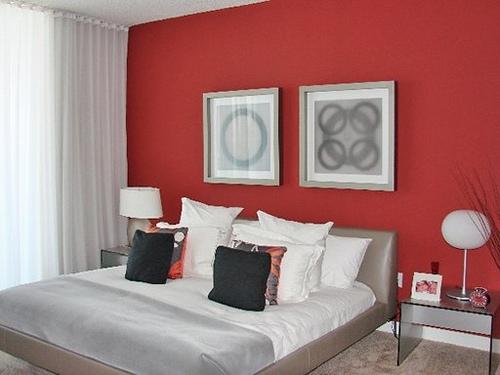 Красный цвет в спальне7