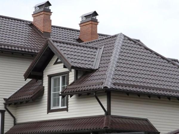 Крыша из металлочерепицы1