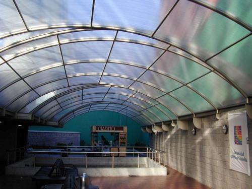 Крыша из поликарбоната. как покрыть крышу поликарбонатом?3
