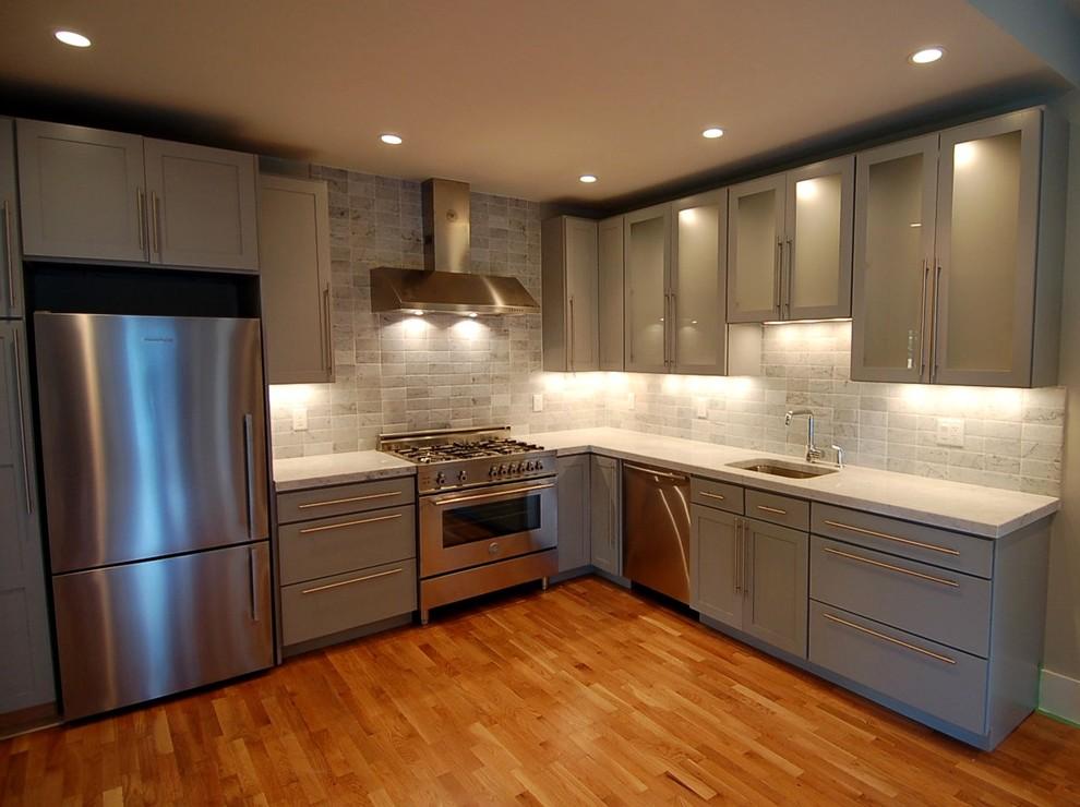 Кухни в стальном стиле2