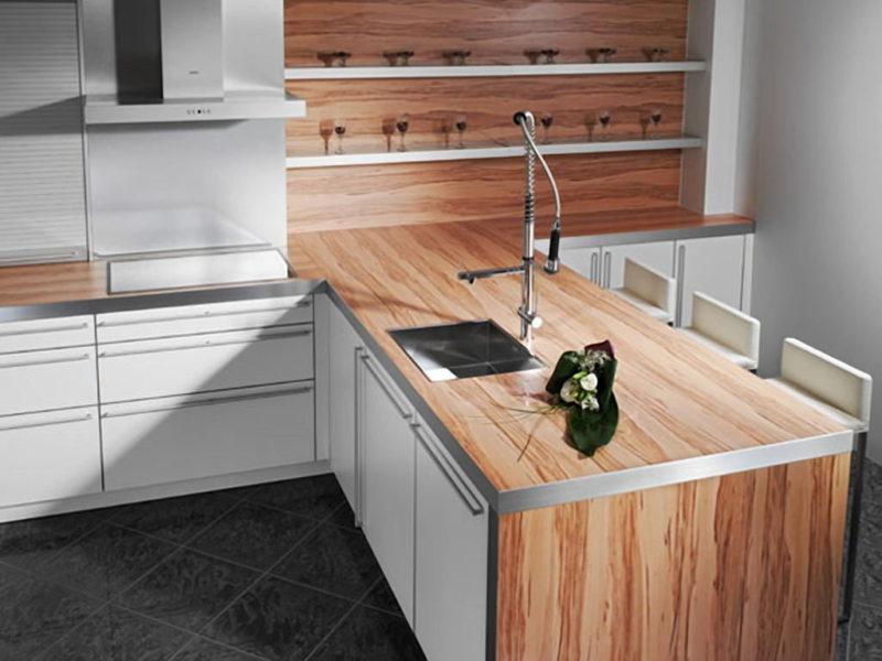 Кухонная столешница: материалы и решения0