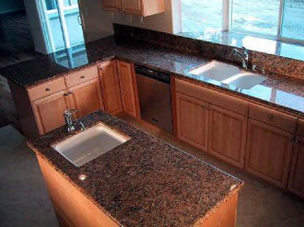 Кухонные столешницы из натурального камня: красиво и прочно1