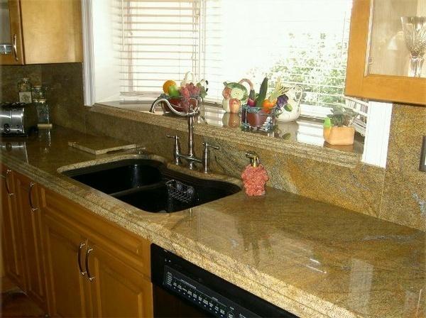 Кухонные столешницы из натурального камня: красиво и прочно2