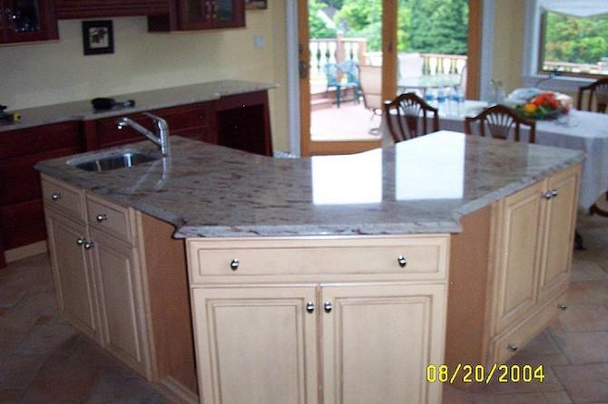 Кухонные столешницы из натурального камня: красиво и прочно9
