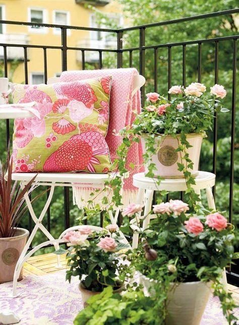 Летний мини-сад — цветущие балконы и террасы0
