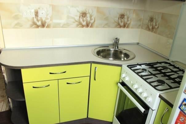 Малогабаритные кухни 4-5 кв. м.2