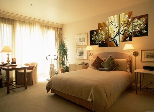 Модульные картины в интерьере различных комнат3