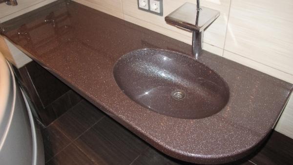 Накладная каменная раковина – атрибут эксклюзивной ванной комнаты4