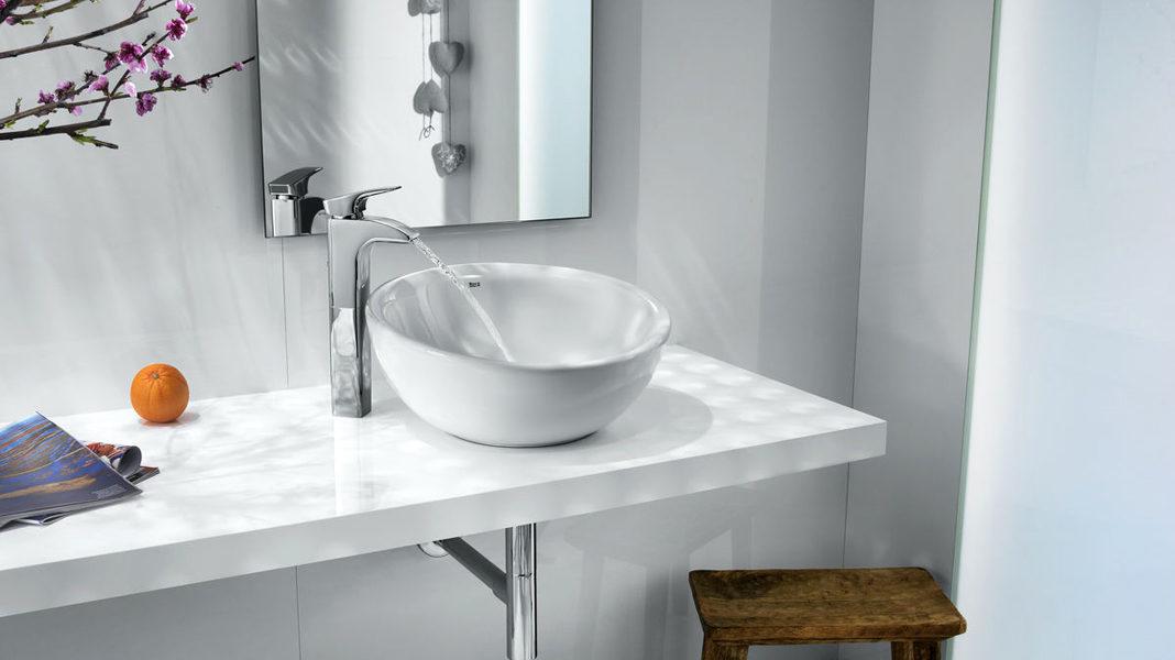 Накладная каменная раковина – атрибут эксклюзивной ванной комнаты6