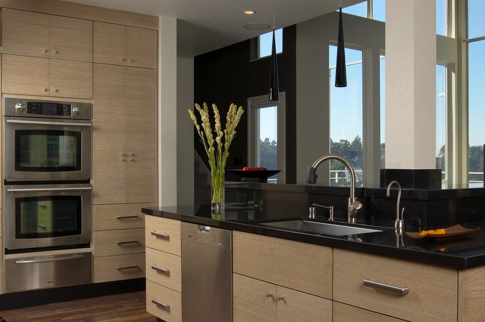 Неповторимые и стильные фасады для кухни своими руками5