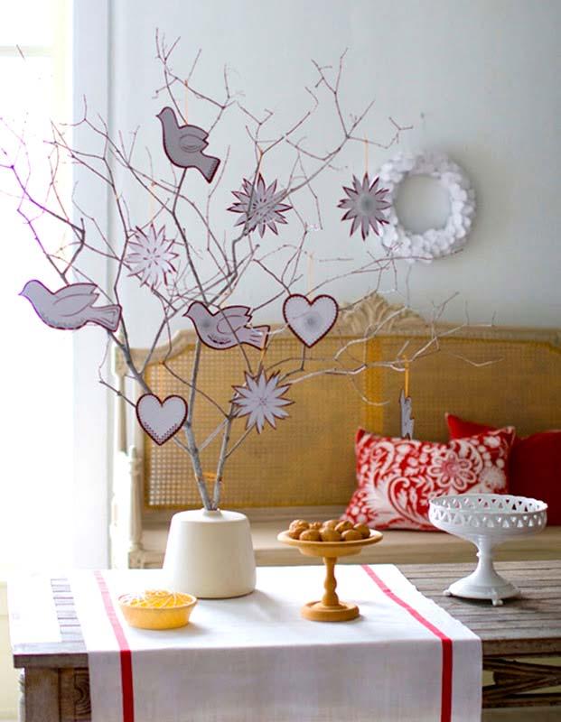 Новогоднее украшение дома: нарядные веточки5
